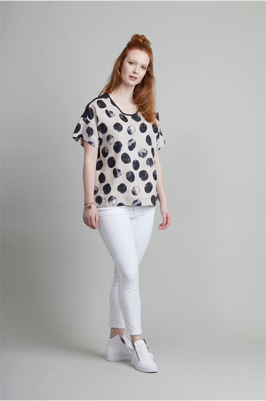 Oh Three Top S/S Spot Linen